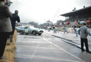 ASTON MARTIN DB4 GT Innes Ireland , Jim Clark etc at start of 1960 Montlhery 1000kms (A)
